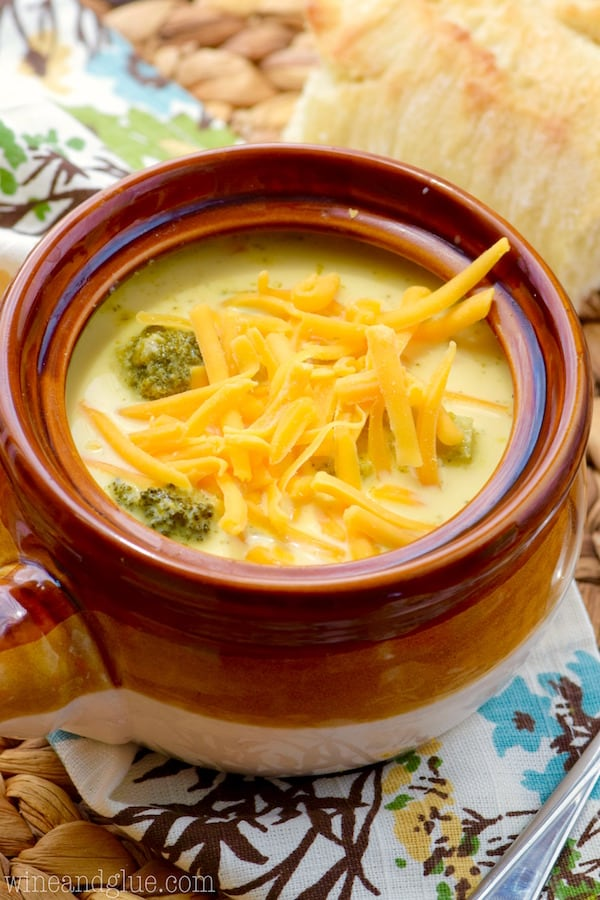 Slow Cooker Cheddar and Broccoli Soup